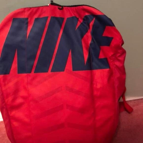 c0d192bed8 Nike duffle bag
